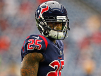 Kareem Jackson feels 'a little disrespected' by Texans thumbnail
