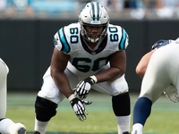 Panthers re-signing OT Daryl Williams to 1-year deal thumbnail