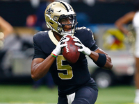 Teddy Bridgewater re-signing with Saints thumbnail