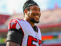 Panthers expected to sign defensive end Bruce Irvin thumbnail