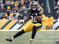 Le'Veon Bell: Big Ben 'a factor' in leaving Steelers thumbnail