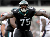 Free-Agent Roundup: Vinny Curry rejoining Eagles thumbnail