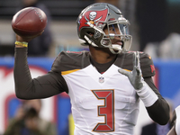 Bucs' Jameis Winston wants 'to play bigger' in 2019 thumbnail