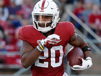 Stanford RB Love's knee stiffness concerning teams thumbnail