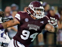 Tennessee Titans select Jeffery Simmons at No. 19 thumbnail