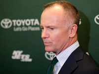 Jets owner explains decision to fire Mike Maccagnan thumbnail