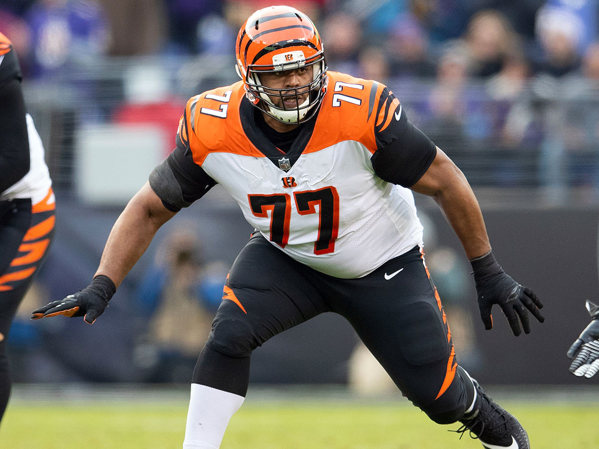 Bengals moving tackle Cordy Glenn to left guard