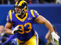 Bucs finalizing one-year deal with Ndamukong Suh thumbnail