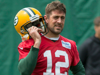 Aaron Rodgers not fan of 'Game of Thrones' finale thumbnail