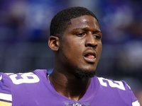 Vikings CB Rhodes appreciates criticism from Zimmer thumbnail