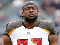 Ex-Bucs DT Gerald McCoy visiting Browns on Friday thumbnail