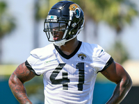 Jags DE Josh Allen (knee) likely to miss minicamp thumbnail