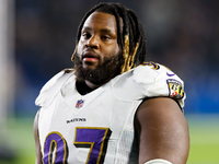 Ravens DT Michael Pierce pulled from practice thumbnail