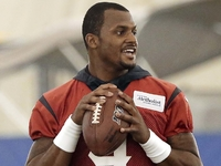 Deshaun Watson sees Texans offense taking strides thumbnail