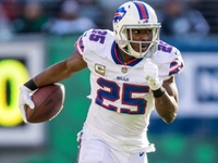Bills' LeSean McCoy: 'It's hard to replace a guy like me' thumbnail