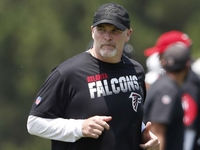 Dan Quinn: Falcons' D will 'recapture' physical style thumbnail