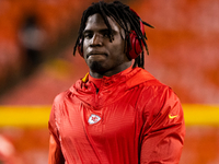 Chiefs WR Tyreek Hill meets with NFL investigators thumbnail