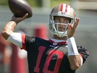 Learning from Brady was 'tremendous' for Garoppolo thumbnail