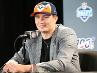 Broncos agree to terms with Drew Lock on rookie deal thumbnail