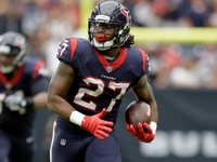 Former Texans RB D'Onta Foreman claimed by Colts thumbnail