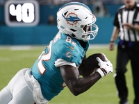 Dolphins WR Preston Williams impressing teammates thumbnail
