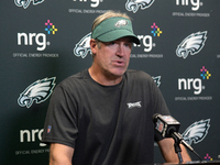 Pederson to 'evaluate everything' with Eagles QBs thumbnail