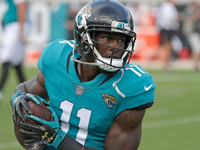 Jaguars wideout Marqise Lee activated from PUP list thumbnail