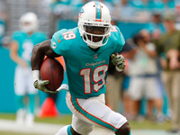 Jakeem Grant gets four-year extension from Dolphins thumbnail