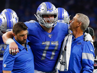 Lions center Frank Ragnow suffers minor ankle sprain thumbnail