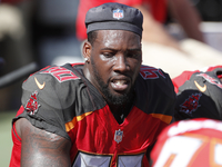 Buccaneers activate DE Jason Pierre-Paul (neck) thumbnail