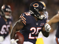 Seldom-used RB Mike Davis being released by Bears thumbnail