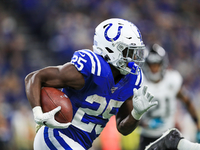 RB Marlon Mack suffers hand fracture in Colts' win thumbnail