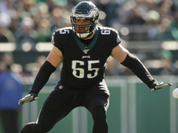Lane Johnson gets 4-year, $72M extension with Eagles thumbnail