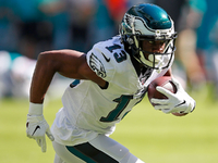 Roundup: Eagles Agholor, Howard out for Sunday thumbnail