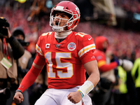 Chiefs rally past Texans for wild AFC divisional win thumbnail