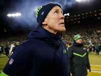 Pete Carroll on game-ending spot: 'It looked short' thumbnail