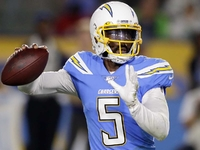 Anthony Lynn says Tyrod Taylor could be Chargers QB thumbnail
