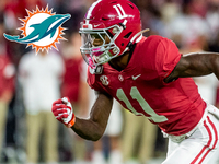 Schrager mock draft 1.0: Fins go ALL IN on offense - NFL.com