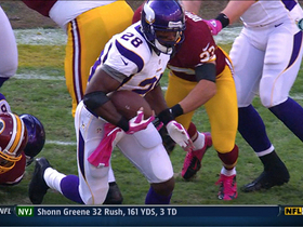 Video - Minnesota Vikings running back Adrian Peterson 32-yard run