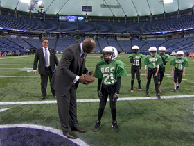 Video - Tools for victory: Youth emulate Minnesota Vikings wide receiver Percy Harvin's play