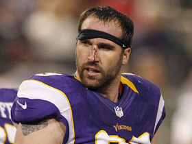 Video - Jared Allen gets bloody nose
