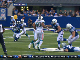 Video - Indianapolis Colts quarterback Andrew Luck and wide receiver Reggie Wayne connect on key third down
