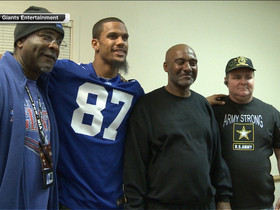 Video - New York Giants wide receiver Domenik Hixon shows thanks to military