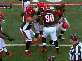 Video - Bengals DL Pat Sims picks off Eli Manning on tipped ball