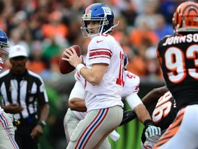 Video - What's wrong with New York Giants quarterback Eli Manning?