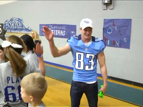 Watch: Titans players kick it with Sycamore Middle School