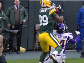 Video - Green Bay Packers QB Aaron Rodgers finds James Jones for a 32-yard TD catch