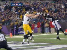 Ed Reed intercepts Charlie Batch pass