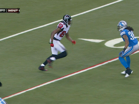 Roddy White leaps from ground to make catch