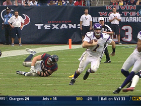 Video - Ponder makes a huge play with his feet